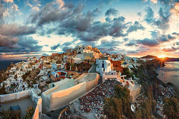 اقامت با خرید ملک در یونان