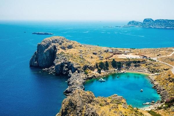 اقامت دائم اعضای خانواده در یونان
