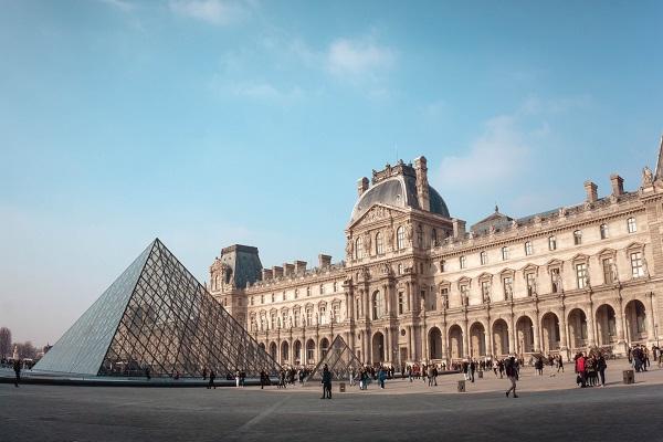بالاترین خدمات اجتماعی اروپا در فرانسه