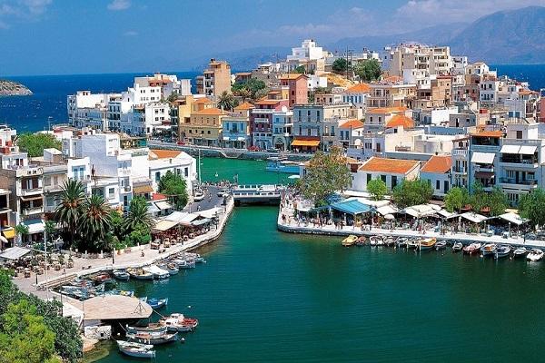 با اخذ اقامت یونان قدم در بهشت بگذارید