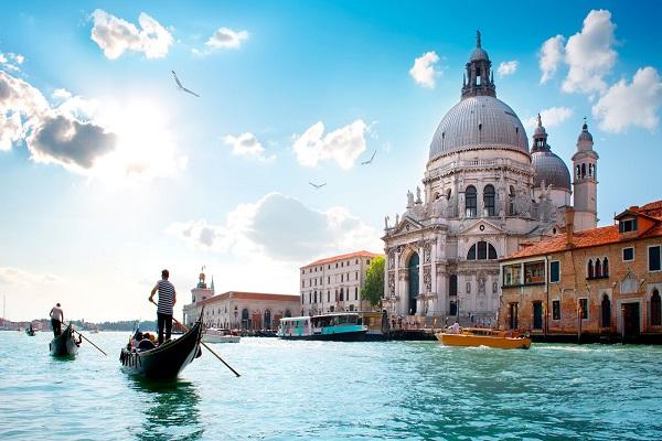 با ویزای طلایی اقامت در ایتالیا دشوار نیست