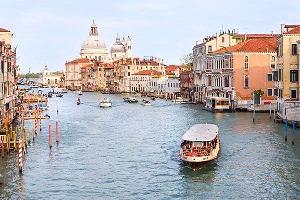 انواع شرکت در ایتالیا و اخذ اقامت در این کشور