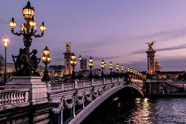 زبان فرانسوی، از معایب زندگی در فرانسه