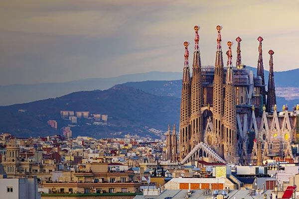 چالش های زندگی در اسپانیا