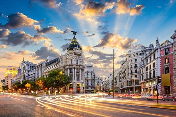 زندگی در اسپانیا و معایب آن