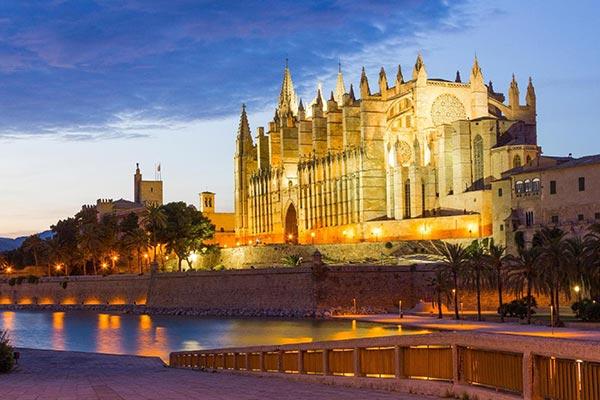دریافت ویزای اسپانیا در موسسه حقوقی سایرس