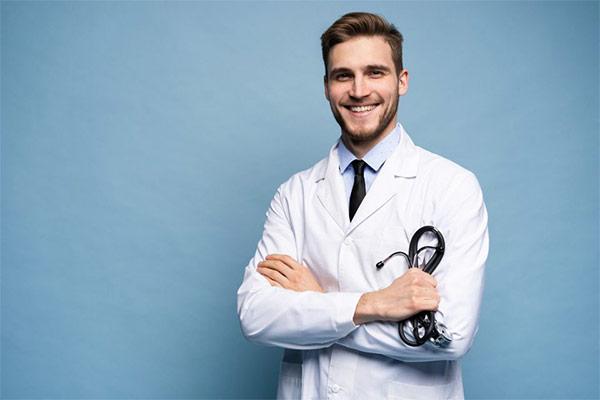 همه چیز درباره تحصیل پزشکی در اسلواکی