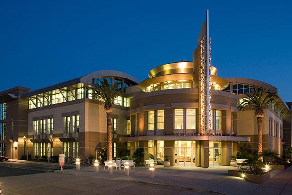 مدرن ترین دانشگاه های هنر اروپا