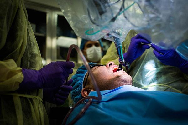 آشنایی با گرایش های تخصصی رشته دندان پزشکی