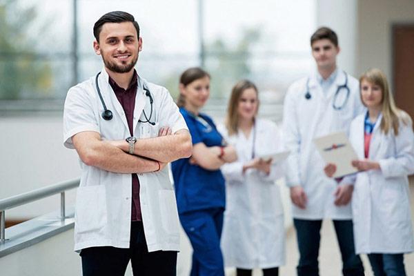 معرفی 5 تا از بهترین دانشگاههای یونان برای تحصیل پزشکی